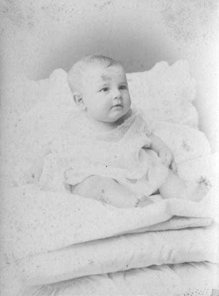 Acta de nacimiento de Alfonso Reyes (Monterrey, Nuevo León, 17 de mayo de 1889)