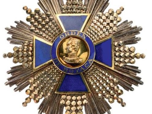 La gran cruz de Boyacá. Por Alfonso Reyes