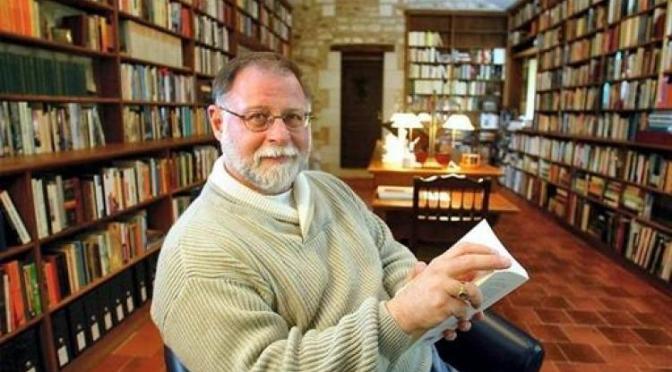 El autor argentino-canadiense Alberto Manguel gana premio Alfonso Reyes 2017