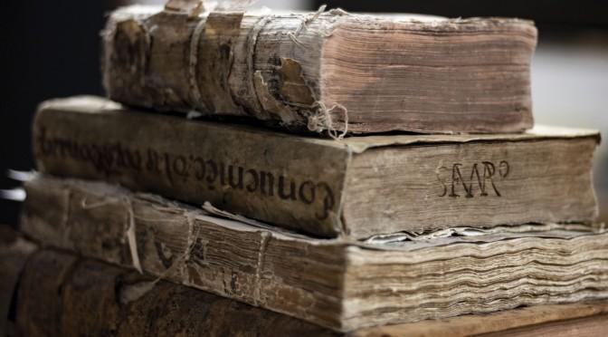 Mal de libros. Por Alfonso Reyes
